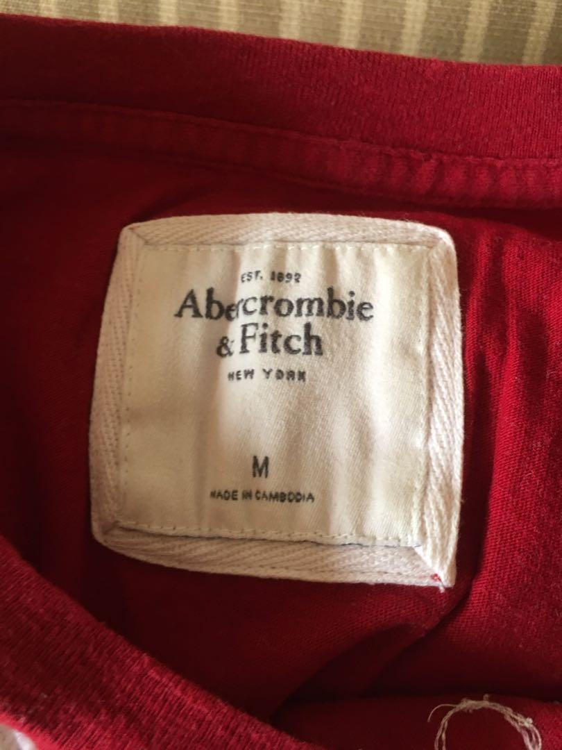 A&f 紅色短袖T恤M號