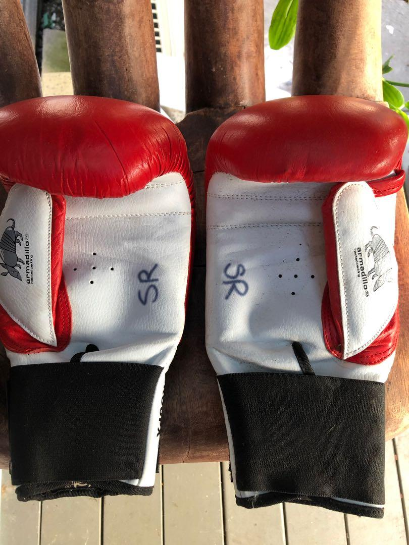 Punch Boxing gloves 🥊 🤛