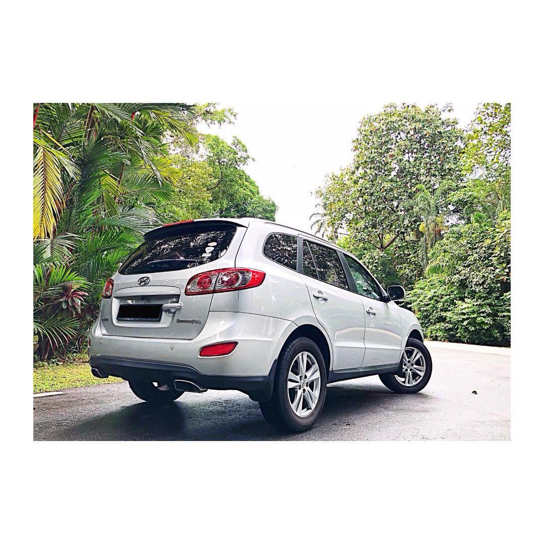 CHEAPEST 7 Seater SUV Hyundai Santa Fe Go-Jek Rental Rebate / Grab Rental