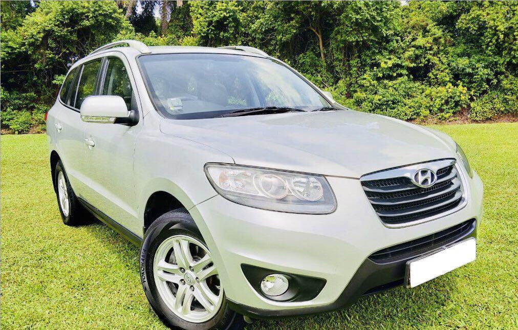 CHEAPEST 7 Seater SUV Hyundai Santa Fe Go-Jek Rental Rebate / Grab Rental