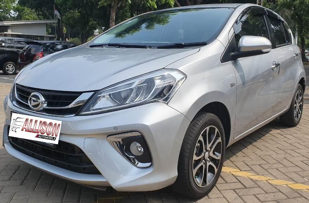 Daihatsu New Sirion AT 2018 Pemakaian 2019 Silver KM 7 rb NO pol GENAP