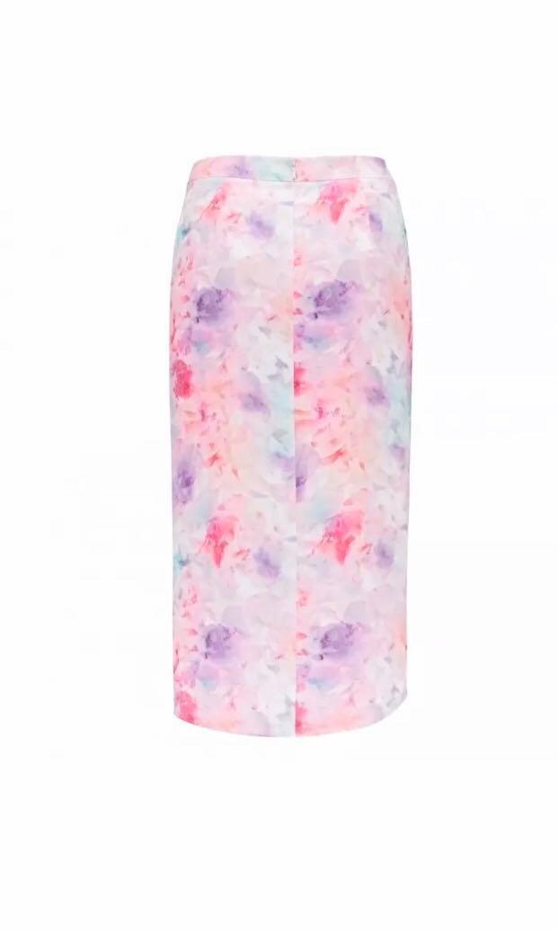 Forever New - Melissa asymmetric wrap Floral Print Summer skirt (Size 6 Aus)