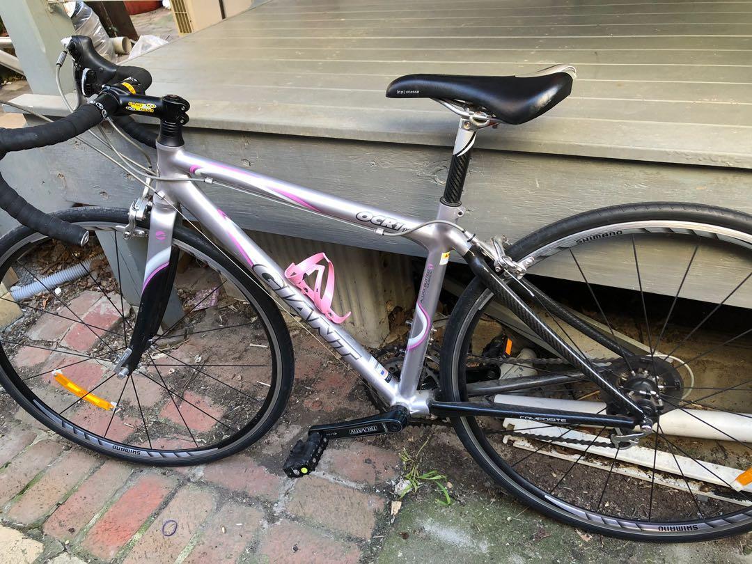 Giant Women's road bike pink small 🚲