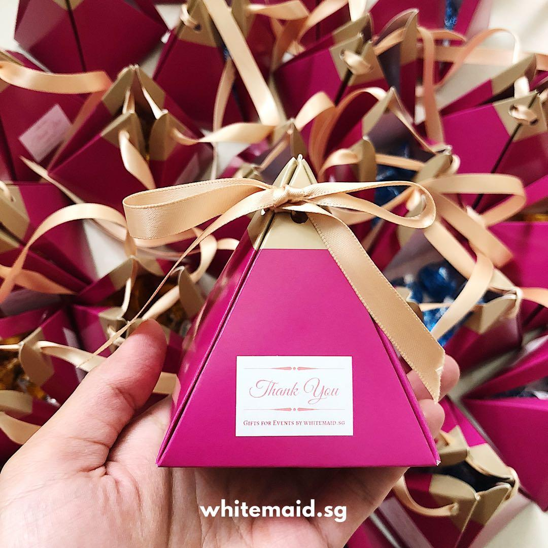 Hershey Kisses in Pyramid Gift Box Favor