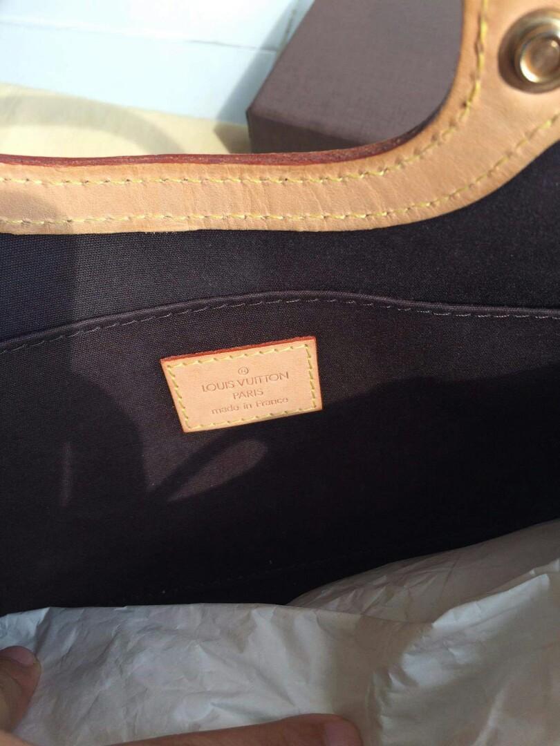 Loius Vuitton Roxbury Drive Monogram Vernis