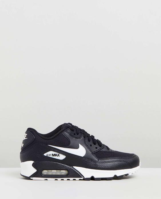NIKE AIR MAX 90 **NEED IT GONE