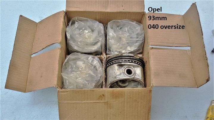 Opel Rekord Manta Piston Set