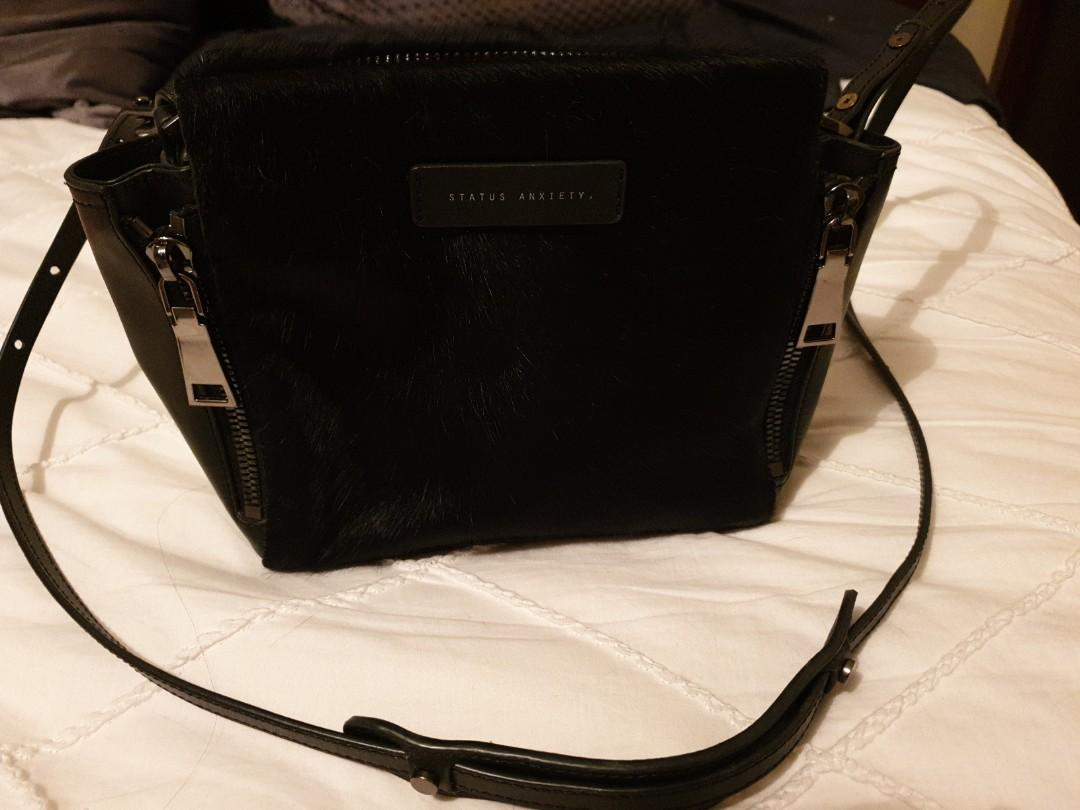 PERFECT CONDITION Status anxiety bag