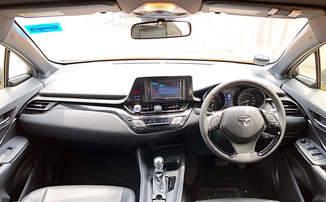 TOYOTA C-HR HYBRID 1.8G CVT CHEAPEST RENTAL IN TOWN GRAB/GO-JEK USAGE