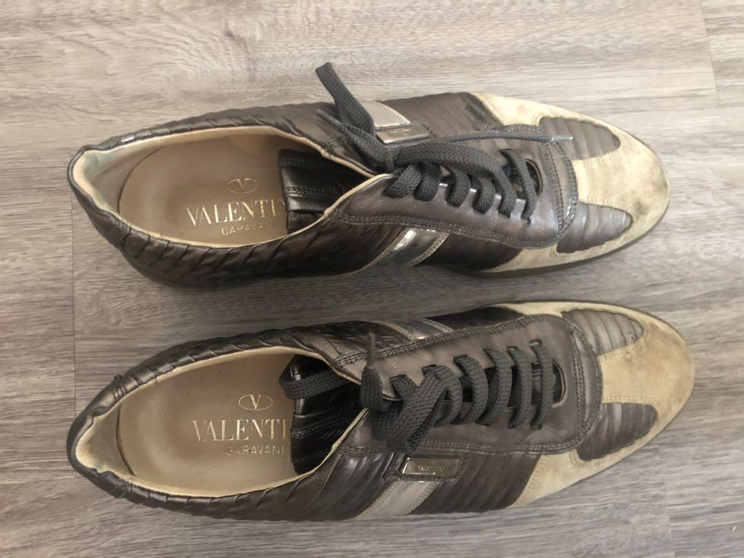 Valentino Garavani sneaker eu43 fits Sz 11