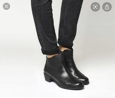 Ugg Penelope Ankle Boots Sz 6