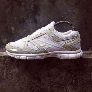 Sepatu Reebok Quick Champ Run Original