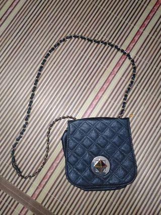 Sling Bag new look