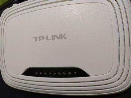 TP LINK WIFI ROUTER WR740N