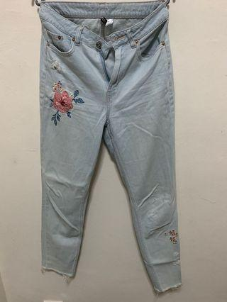H&M Embroidery Jeans