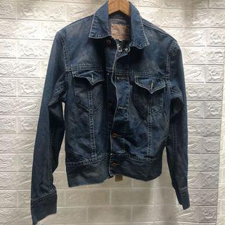 邊緣人🚶#M號BIGCHIEH牛仔外套 #修身版型  ☘️藍8