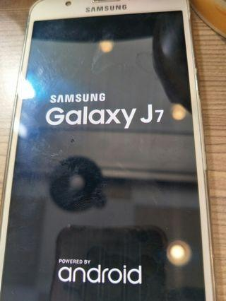 二手手機J7