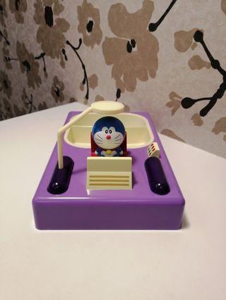 哆啦A夢餐盤