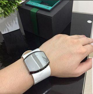 Rare item, white leather watch Pierre Michel (ori).