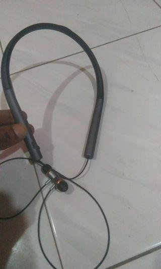 Wirless earphone