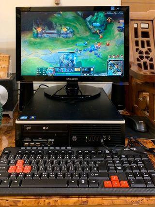 暢玩英雄聯盟 LoL 主機螢幕+鍵盤滑鼠+內建喇叭 還有固態硬碟
