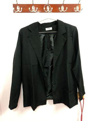 闆娘選品/西裝外套材質很好!是薄外套秋冬很適合🥳