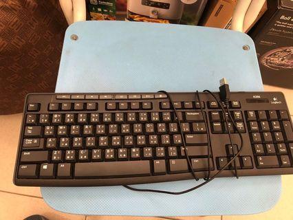 Logitech k200鍵盤,僅全新。僅適用