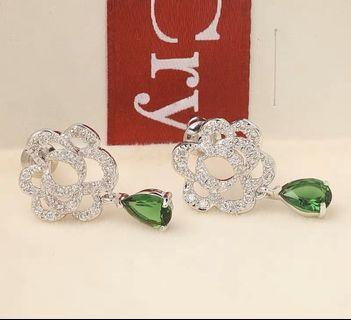 兩件免運 經典 儁永 簍空玫瑰水晶耳環