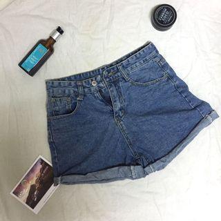 《免運》牛仔短褲#五折清衣櫃