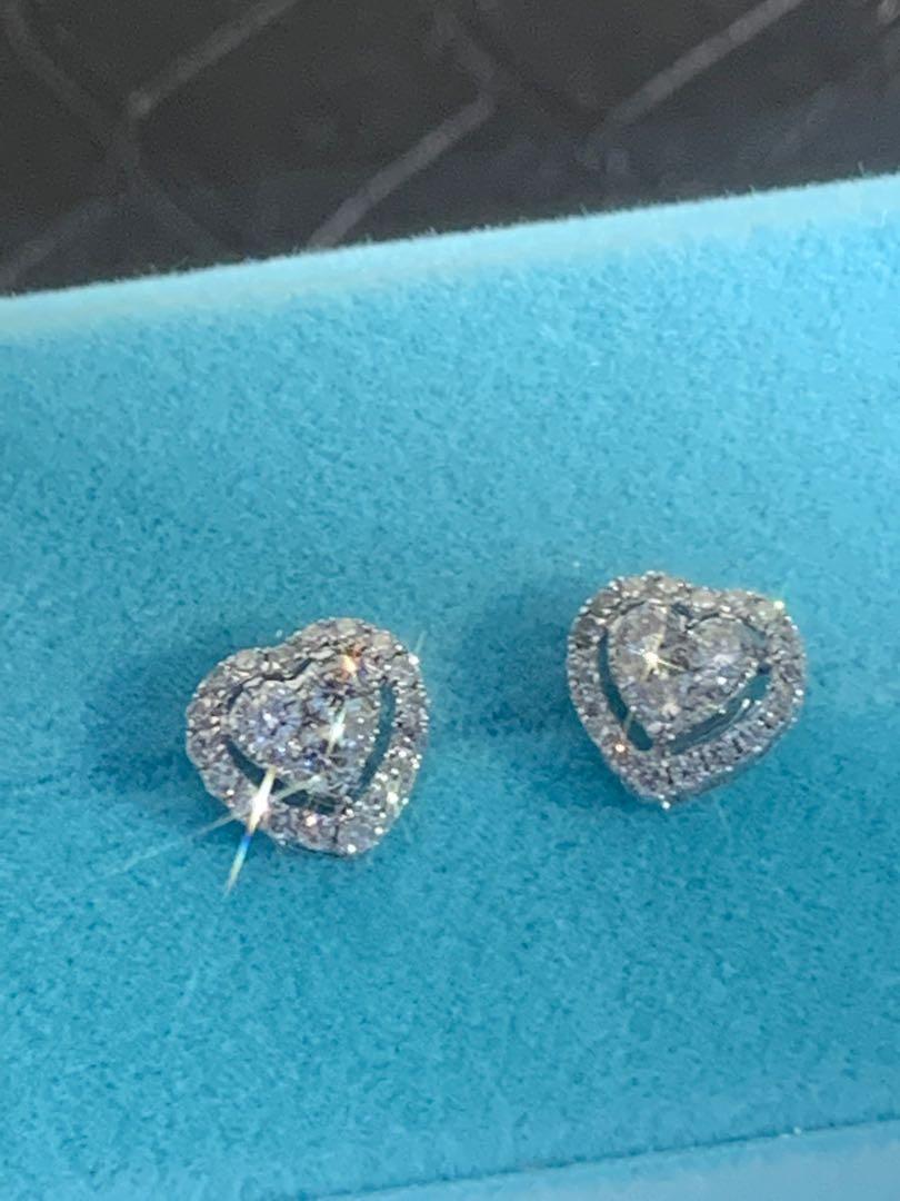 18K金鑽石💎耳環共:0.60ct ,心形🧡設計簡潔時尚👍🌟送禮🎁自用🌟💫✨👌