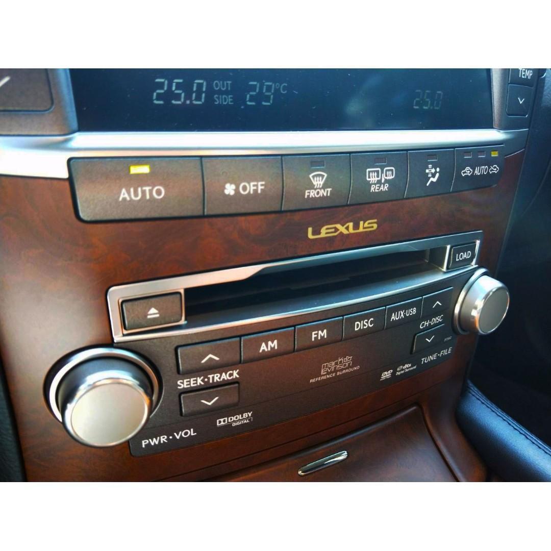 2010式 Lexus LS460 短軸運動版
