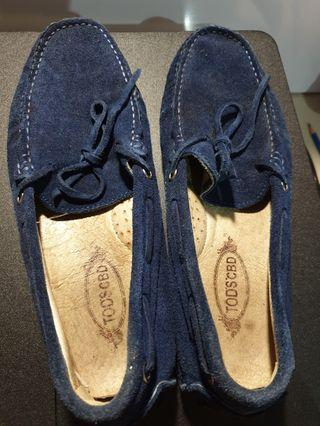 Slip on tods for sale