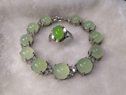 Original Round Shape Soft Green Jade's Stones  Bracelet and Ring