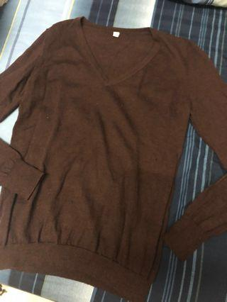Uniqlo pure wool brown