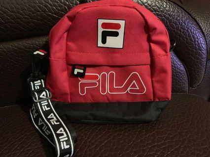 FILA紅色小包包