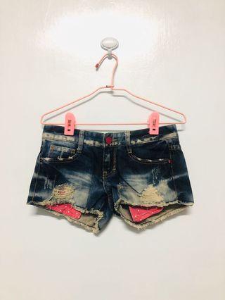 個性牛仔短褲(M)