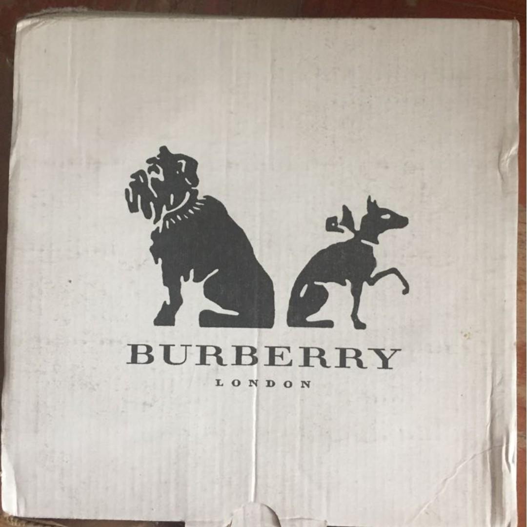 正版 Burberry 寵物碗 狗糧碗 貓糧碗 糧兜 狗碗 貓碗 pet bowl