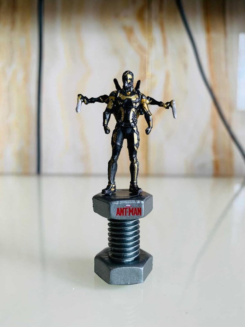 Ant man marvel toy collection come with box 6cm size