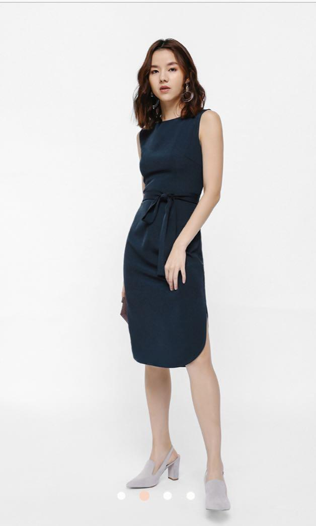 BN LOVE BONITO Sunia Sash Curved Hem Dress