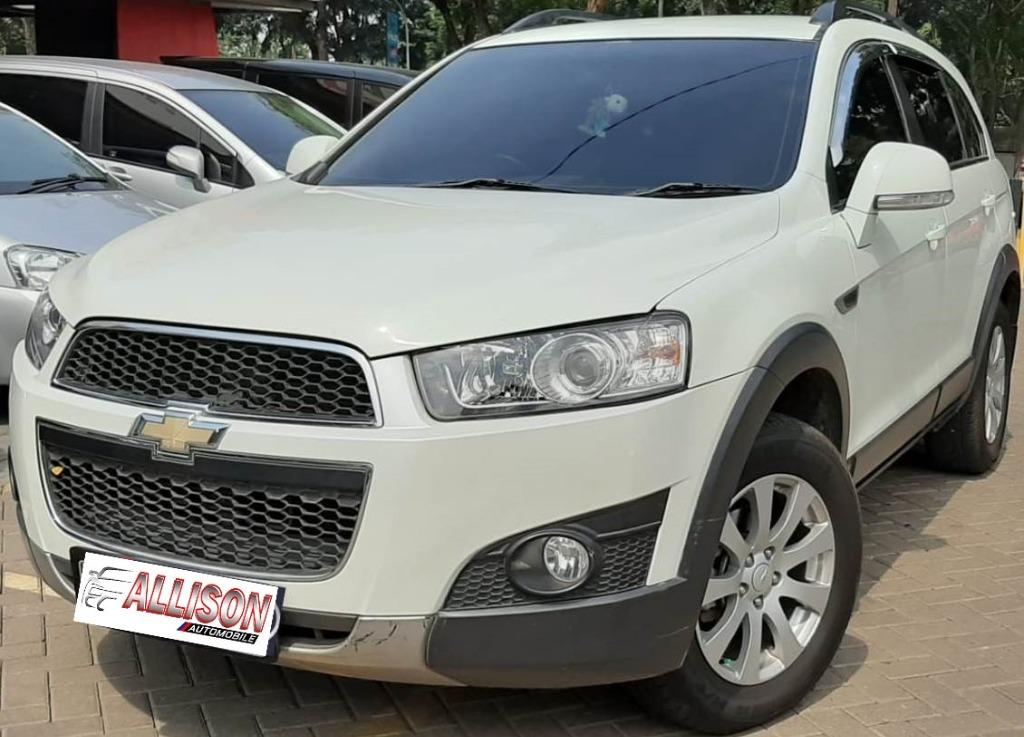 Chevrolet Captiva Diesel Facelift 2.0 AT 2013 Putih Dp 29,9 Jt No Pol Genap