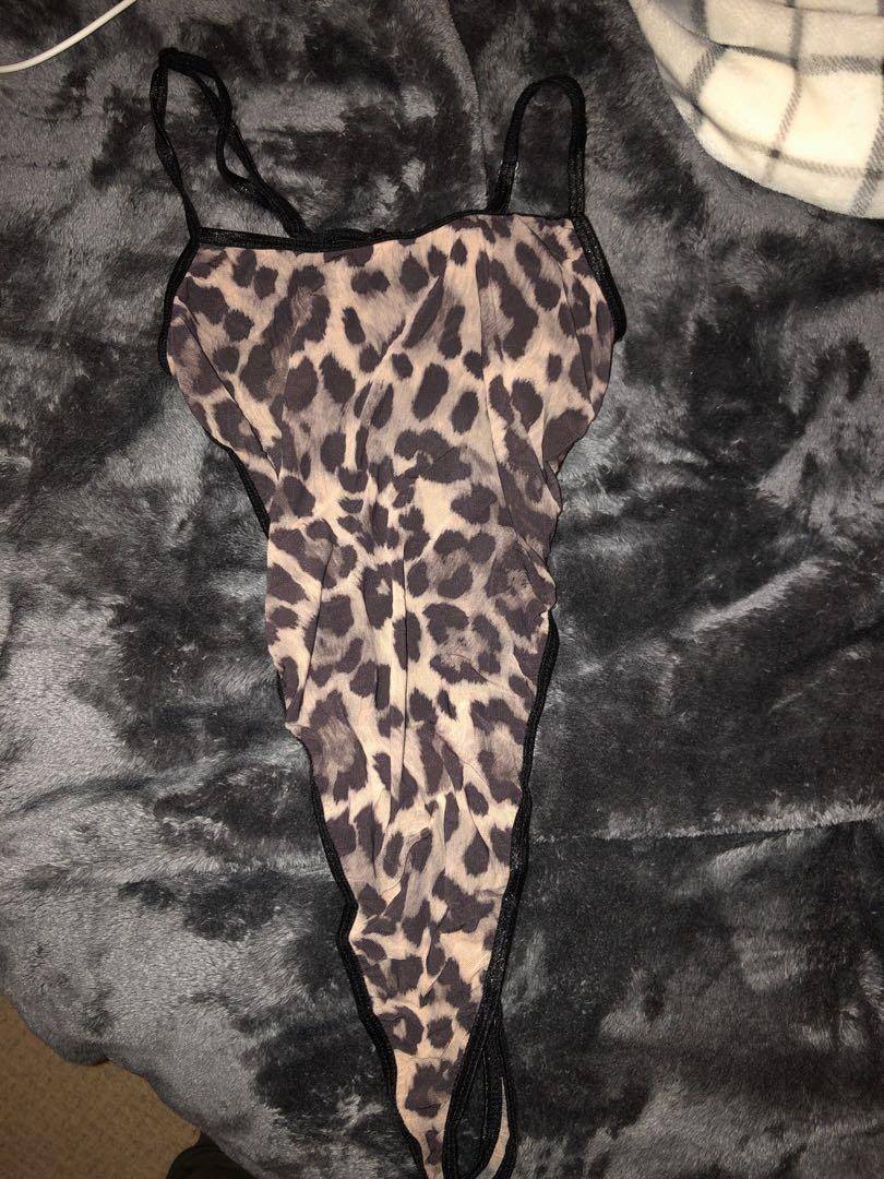 Forever 21 leopard bodysuit size small - never worn