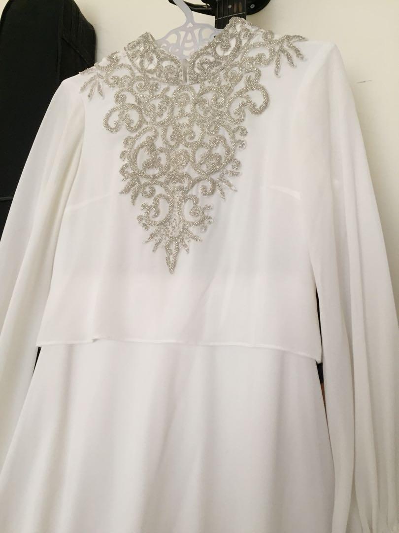 Gamis Putih remple