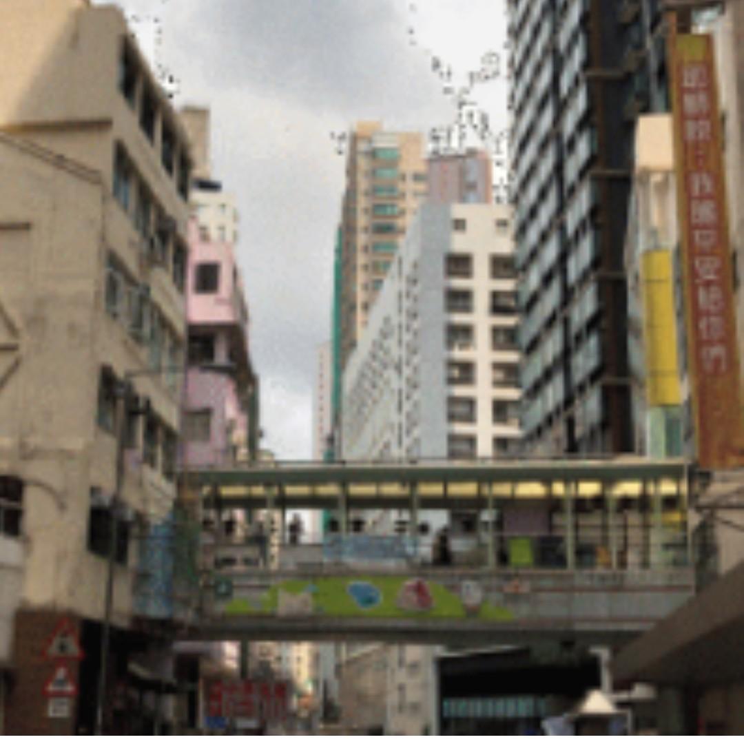 GRAMERCY - high ceiling flats, next to Central escalator