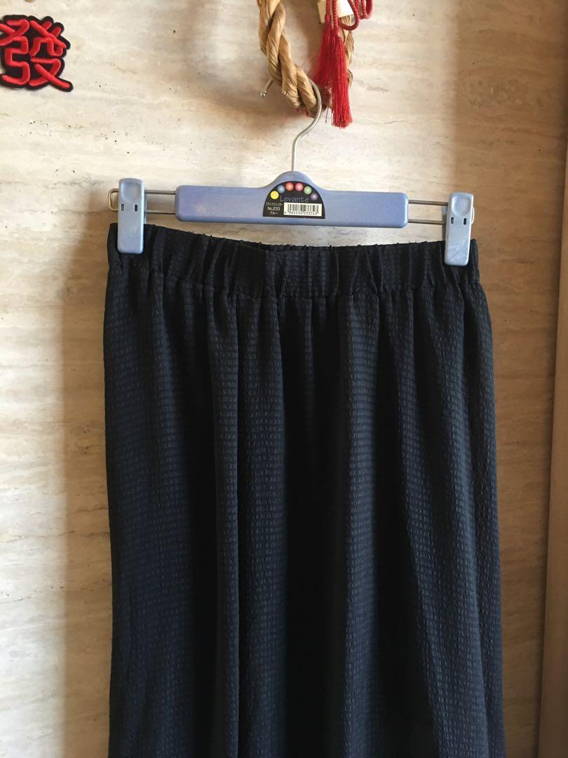 GUESS 黑色紗質長裙