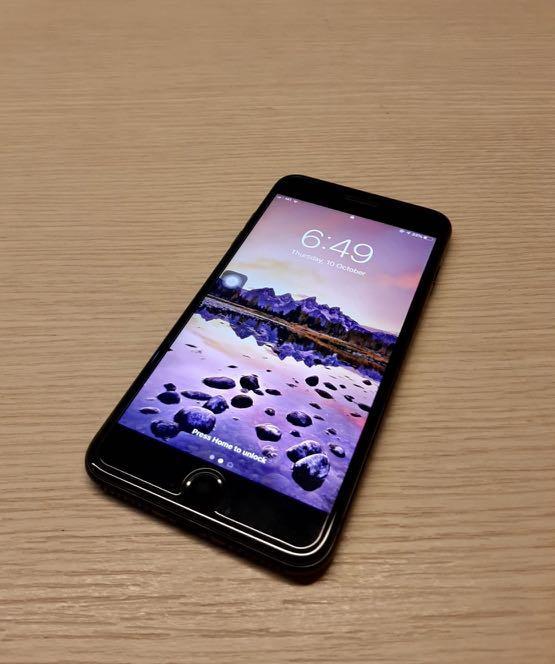iPhone 7 Plus 128GB - Jet Black Color