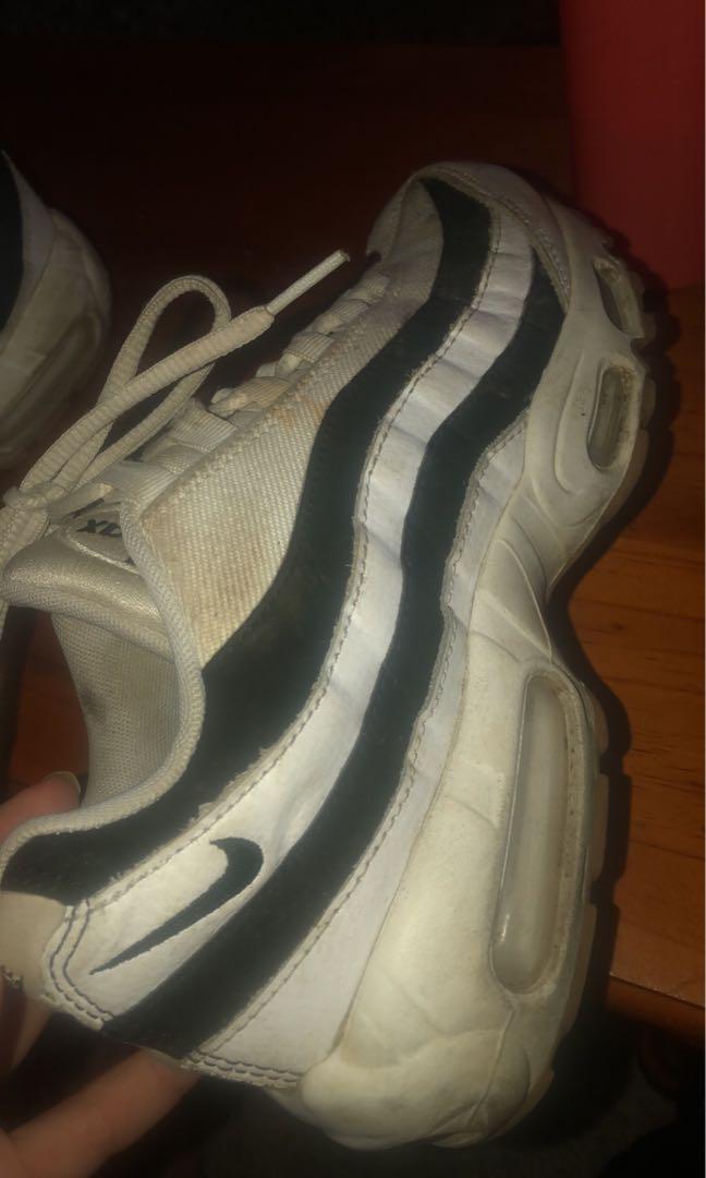 Nike Air 95 Shoes