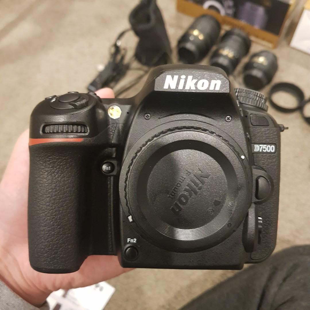 Nikon d7500 whole pack with 3 lenses. Only used 4months  Original price 3400, I sell 2000