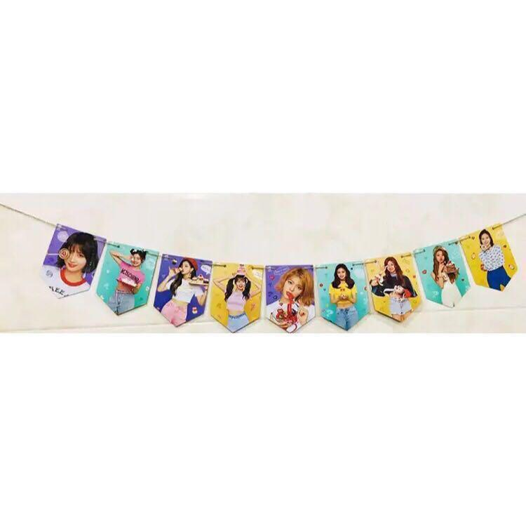 [PREORDER] Twice Hanging Flag Pennant Banner UNOFFICIAL (C)