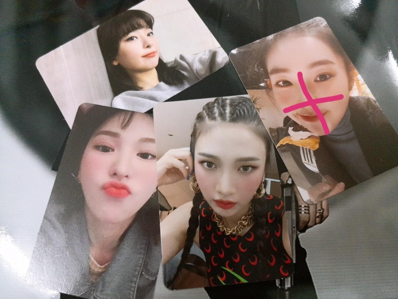 Red Velvet 《The ReVe Festival -Day1》Official Photocard