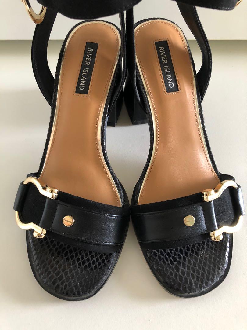 plain black block heels